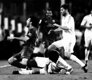 http://realmadrid.footballfantalk.com/wp-content/blogs.dir/45/files/fc-barcelona-3-2-real-madrid-17-august-2011supercopa/fabregas9.jpg