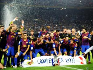 http://barcelona.theoffside.com/files/2011/08/Barcelona-Supercopa-Champions.jpg